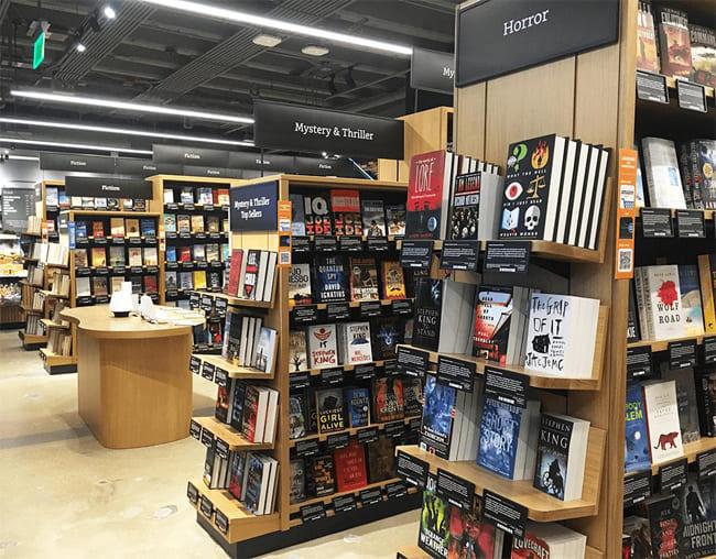 toko buku perbatasan